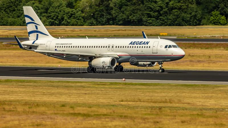 Aegean Airlines, Luchtbus A320, vliegtuigen stock foto