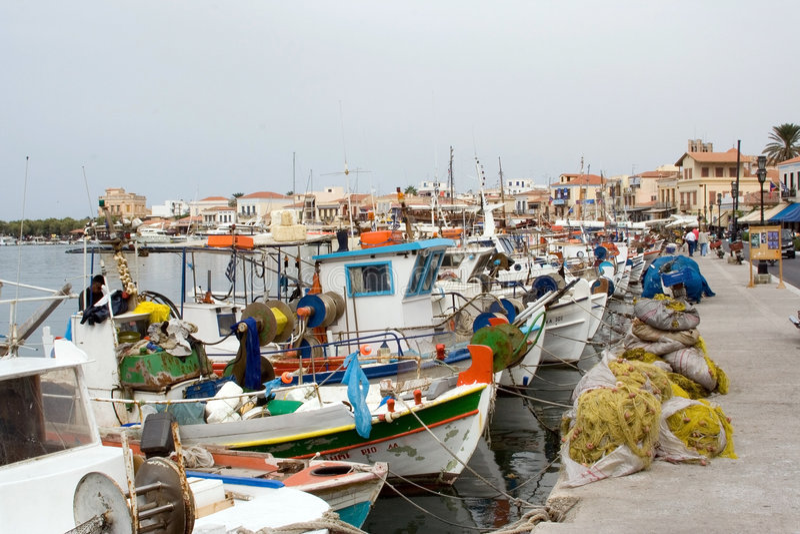 aegina希腊海岛美丽如画的端口 免版税图库摄影