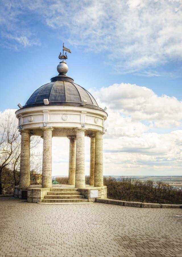 Aeolus竖琴眺望台在Pyatigorsk 库存图片