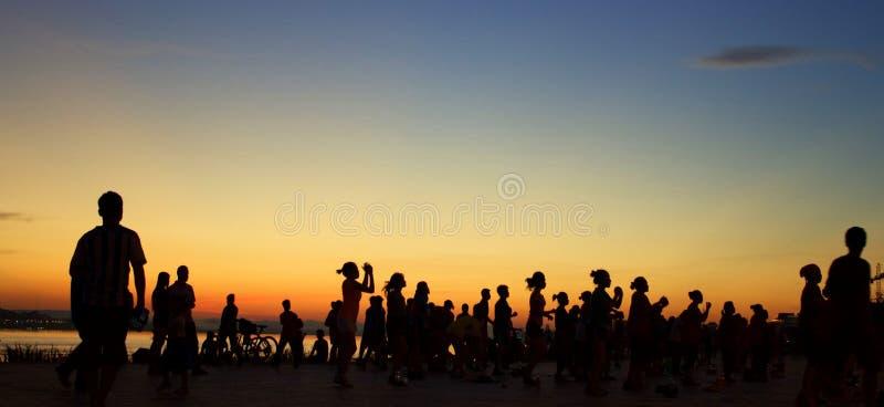Aeróbicos de la puesta del sol fotografía de archivo
