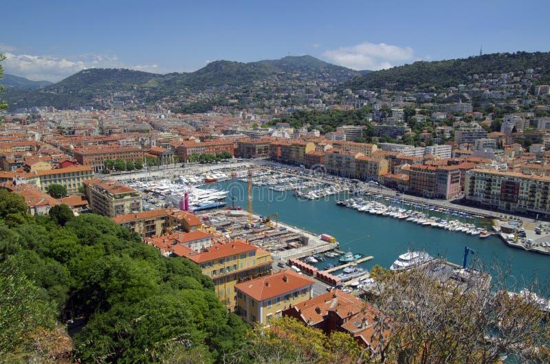 Aeralsikt av trevlig port- och stadsarkitektur fotografering för bildbyråer