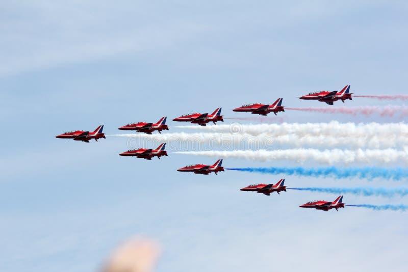 Aerei che volano al airshow a Sunderland immagini stock libere da diritti