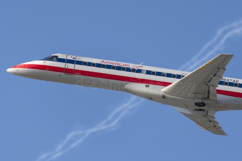 Aerei di Eagle Airlines American Airlines Embraer ERJ-140 dell'americano fotografie stock libere da diritti