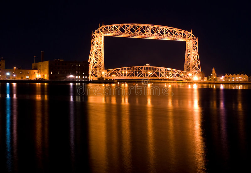 The Aerial Lift Bridge (night) royalty free stock photos