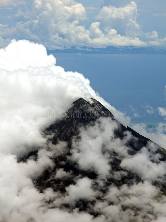 Free Aerial Photo Of Mount Mayon (Volcano) Stock Photos - 5135533