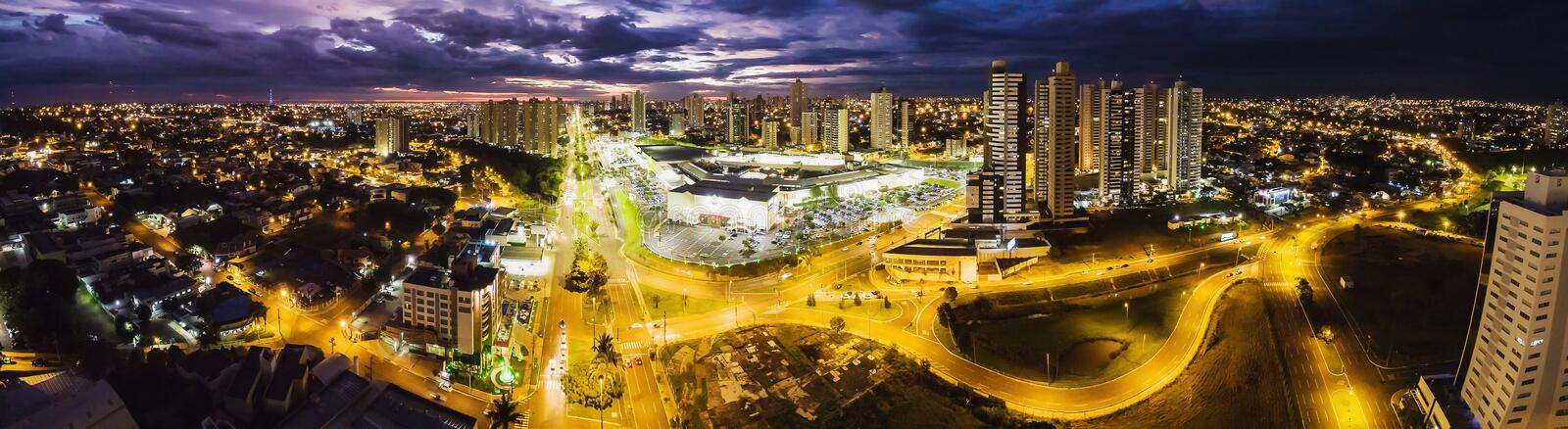 Aerial view from Afonso Pena avenue and the Shopping Campo Grand royalty free stock photo