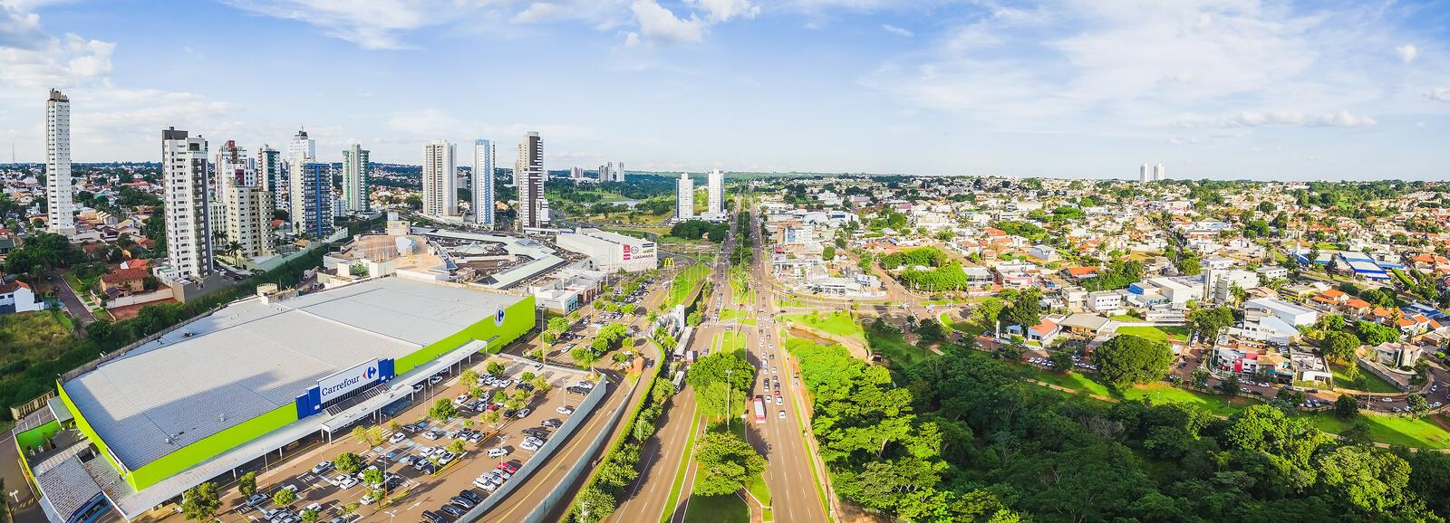 Aerial view from Afonso Pena avenue towards to the Parque das Na stock image