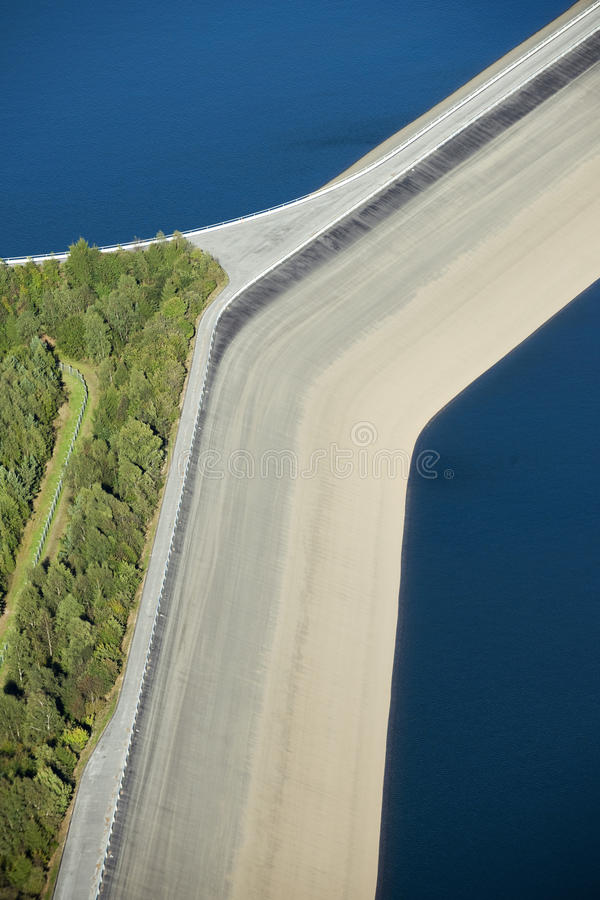 Free Aerial View : Detail Of A Barrage With 2 Lakes Stock Images - 11146794