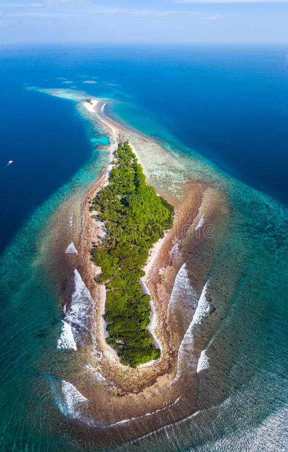 Free Aerial View Of The Island Of Thanburudhoo Royalty Free Stock Photos - 122722528