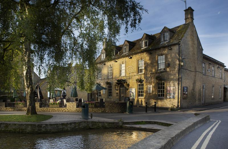View of Bourton-on-the-water, a vilage in the Cotswolds village of Gloucestershire royalty free stock photos
