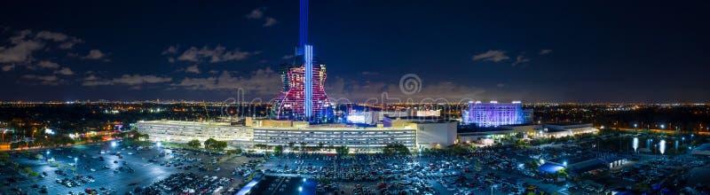 Aerial Weitwinkel Nachttrockenpanorama Seminole Hard Rock Casino stockbilder