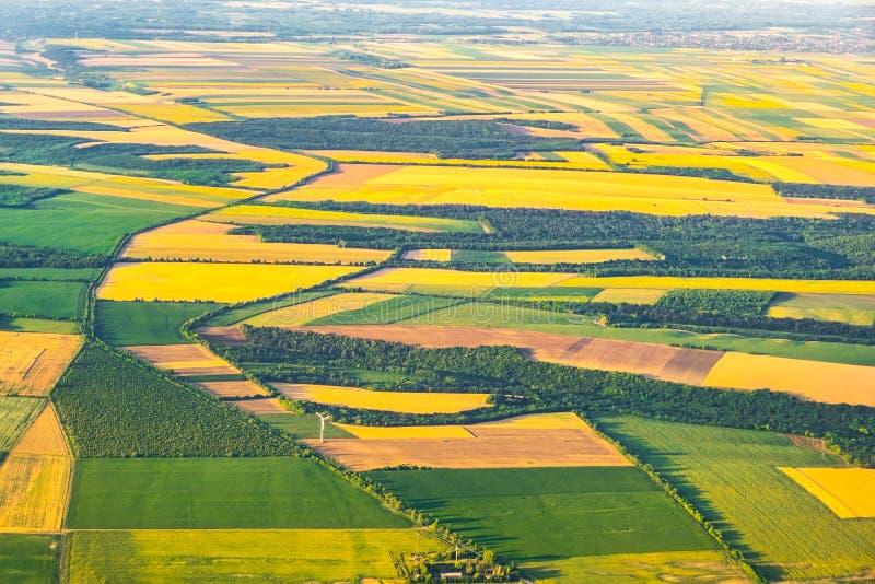 Aeriall sikt av scenisk bygd - patchwork arkivfoto