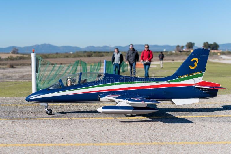 Aermacchi för RC-modellflygplan MB 339 fotografering för bildbyråer
