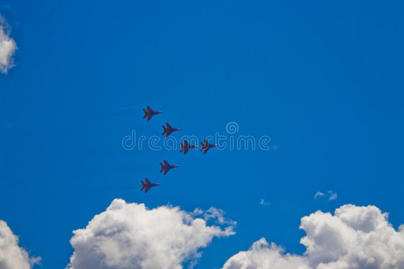 Aerobatic Team ` Swifts-` ` Strizhi-` stockbilder