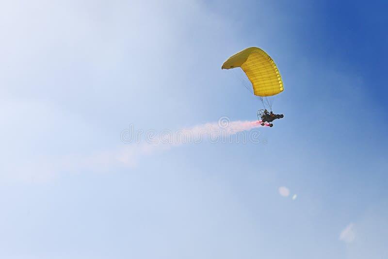 Aerobaticvlucht stock foto's