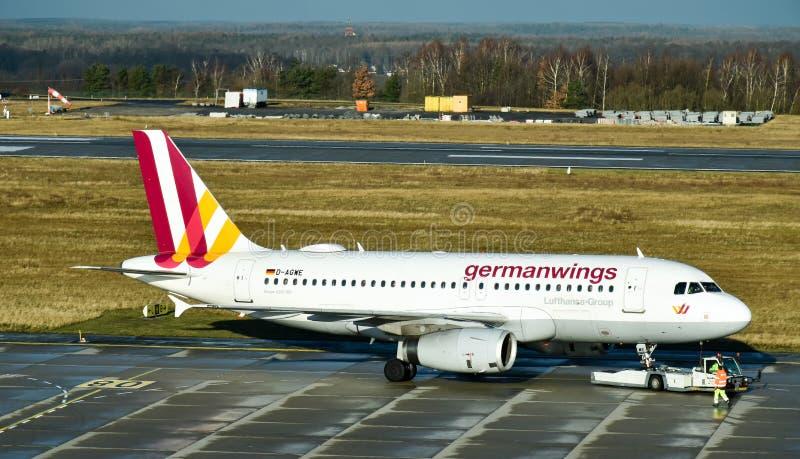 """Aerobus A319-100 Germanwings w DrezdeÅ""""skim Niemcy zdjęcia stock"""