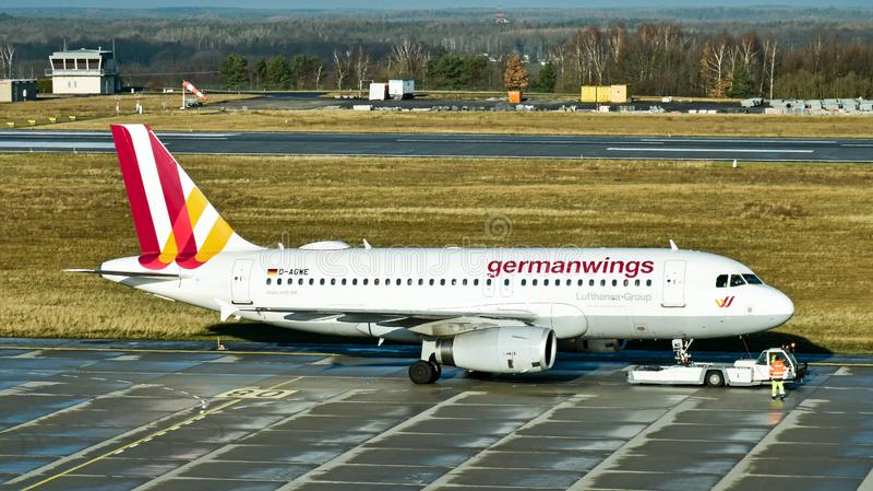 Aerobus A319-100 samolot Lufthansa Germanwings filia fotografia royalty free