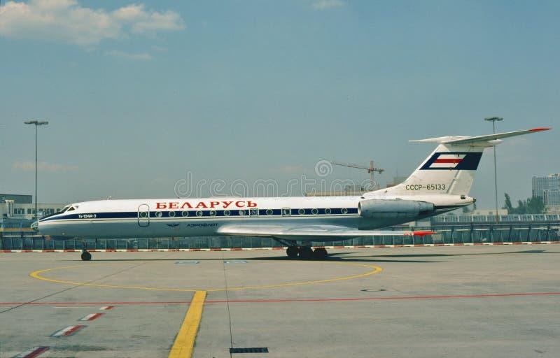 Aeroflot Białoruś Tupolev TU-134A brać w Frankfort, Niemcy zdjęcia royalty free