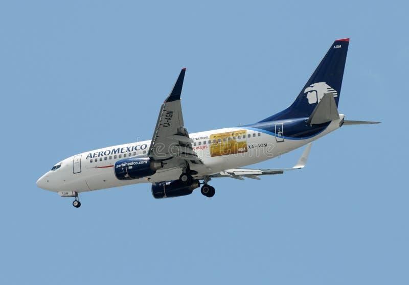 Download Aeromexico Passenger Airplane Editorial Photo - Image of aviation, flight: 19681171