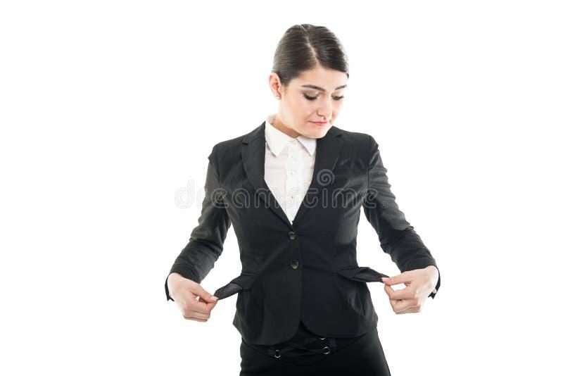 Aeromoço fêmea bonito que tem bolsos vazios imagem de stock