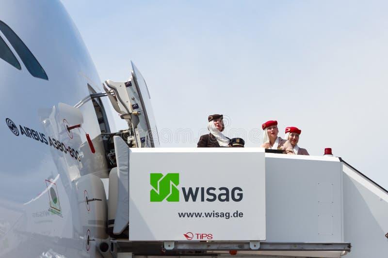 Aeromoços de Airbus A380 imagem de stock