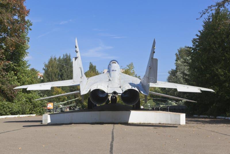 Aeronave MiG-29 no Parque da Vitória da cidade de Vologda foto de stock