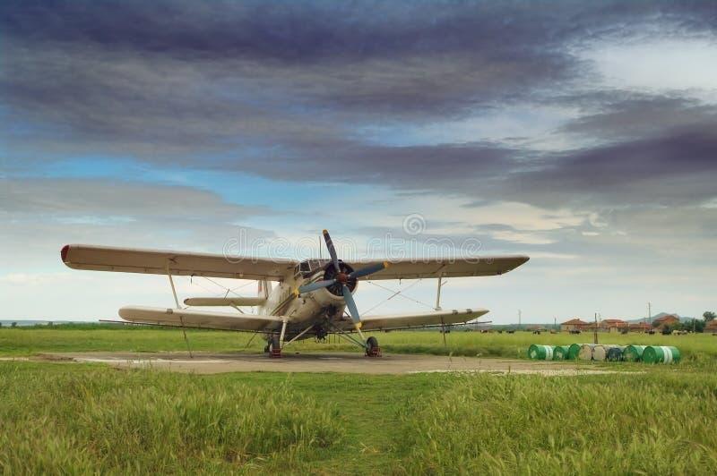 aeroplan gammalt royaltyfria bilder