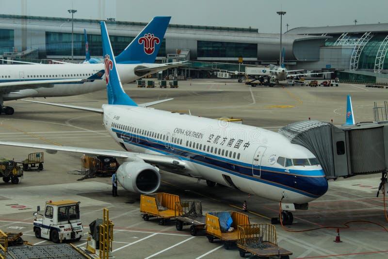 Download Aeroplani Del Sud Della Cina All'aeroporto Di Wuhan Fotografia Editoriale - Immagine di cabina, corsa: 117975057