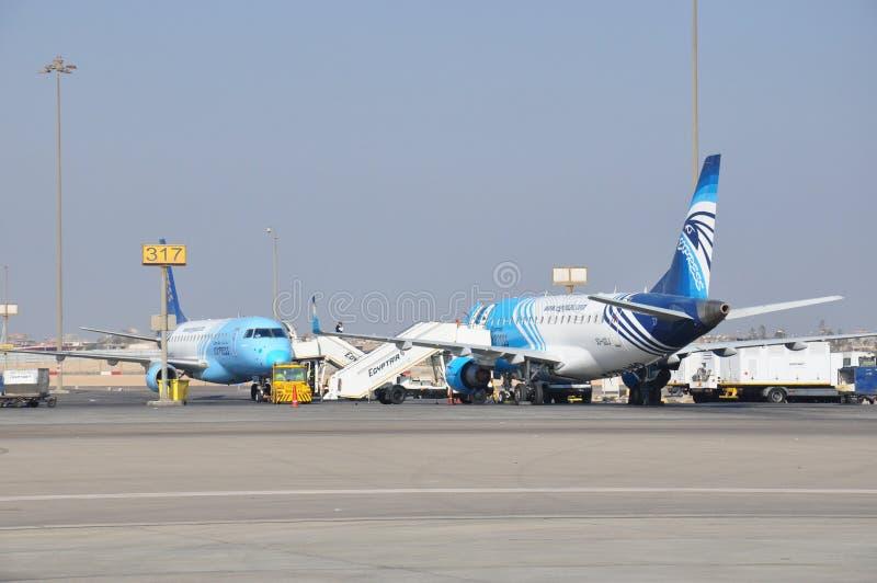 Aeroplani dell'aria dell'Egitto in aeroporto fotografia stock libera da diritti