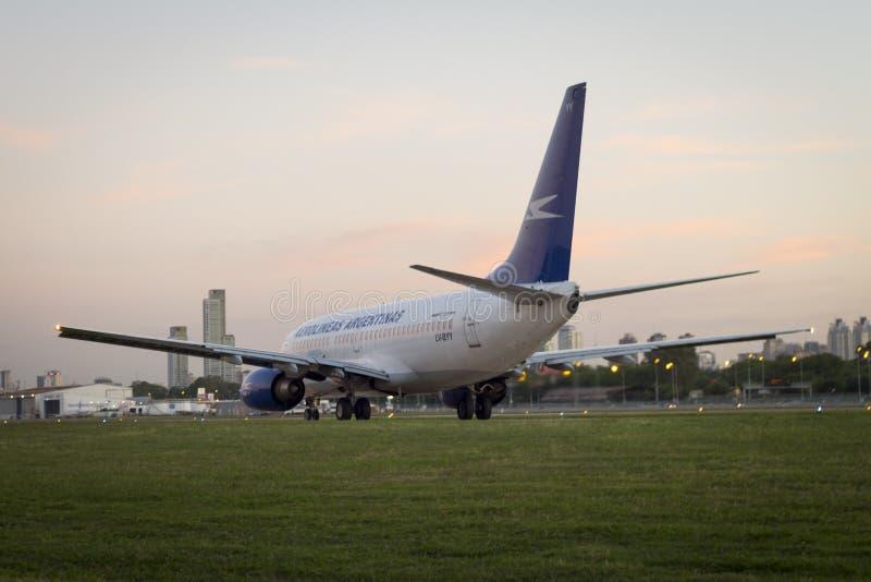Aeroplano BOEING 737 imagenes de archivo
