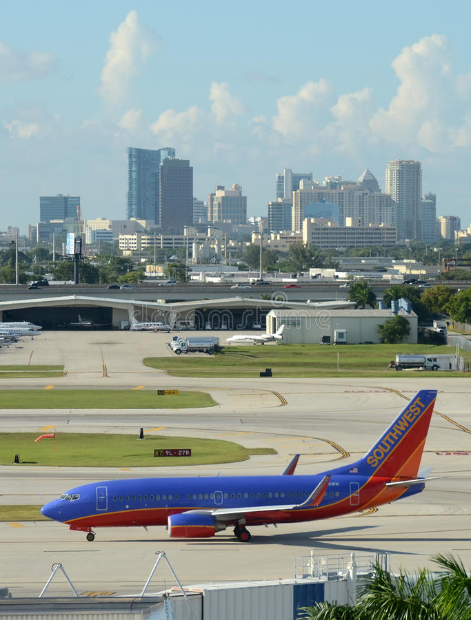 Aeroplano del jet del Southwest Airlines a Fort Lauderdale fotografie stock