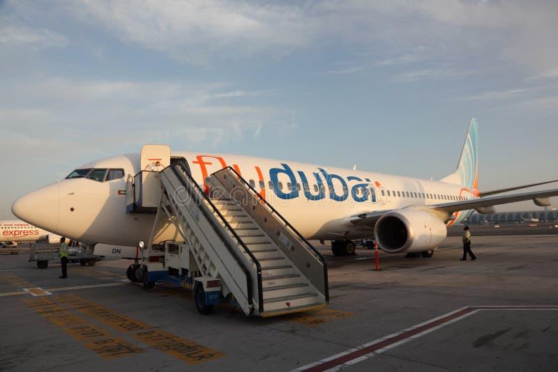 Aeroplano di Flydubai fotografie stock libere da diritti