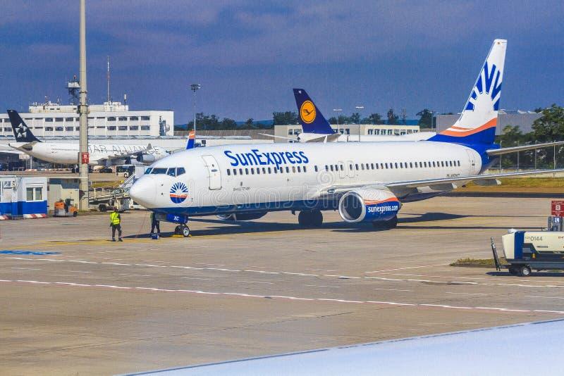 Aeroplano di SunExpress fotografia stock libera da diritti
