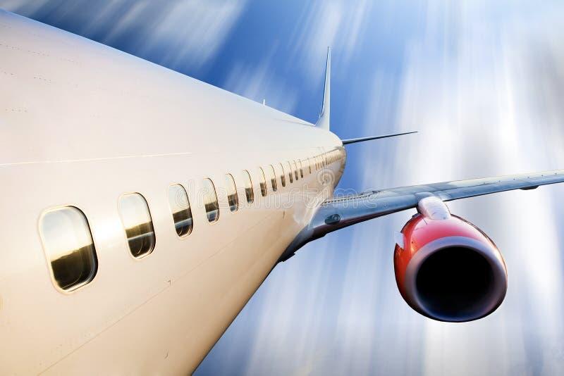 Aeroplano durante il volo fotografie stock