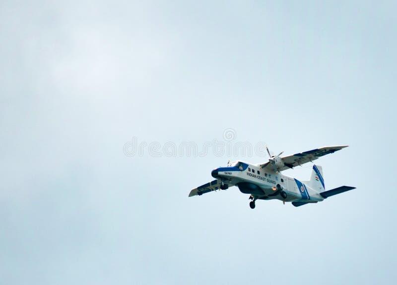 Aeroplano indiano della guardia costiera fotografia stock