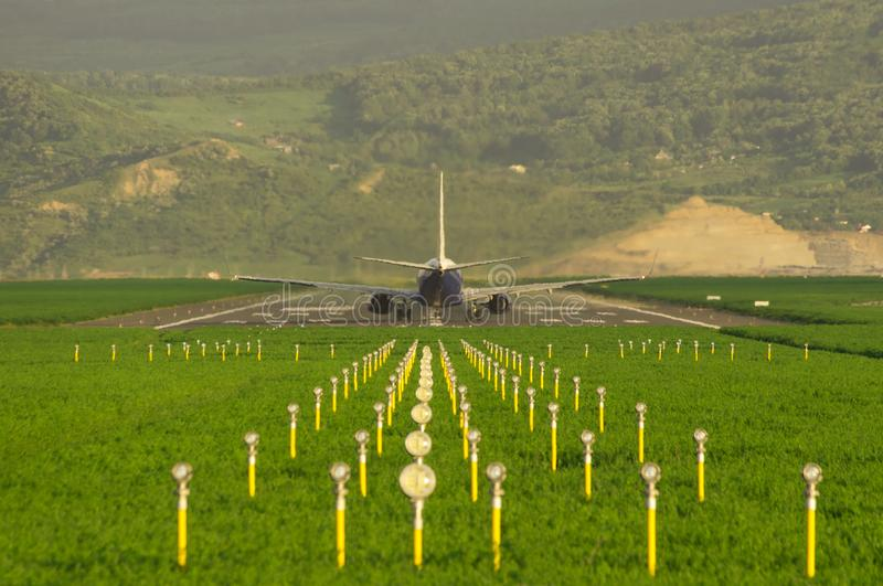 Aeroplano pronto per il decollo immagine stock libera da diritti