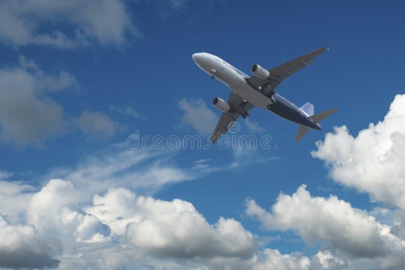 Aeroplano sobre las nubes fotos de archivo