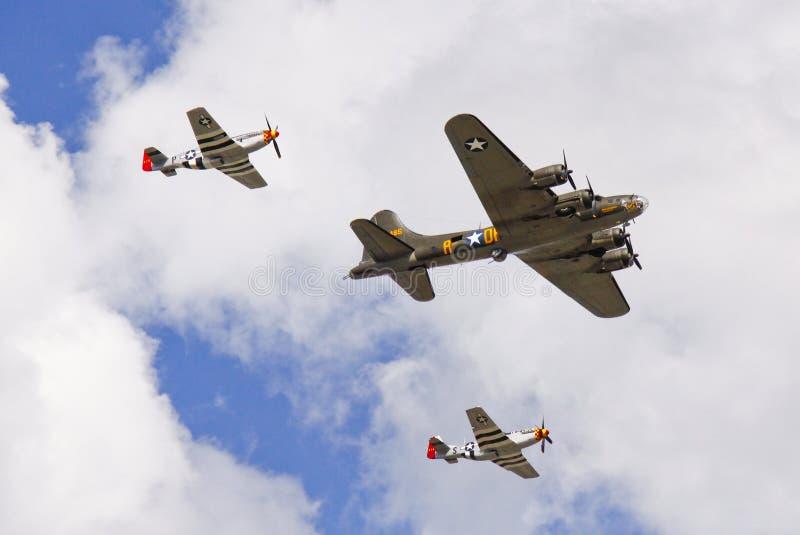 Aeroplanos de la Segunda Guerra Mundial - combatientes y bombardero foto de archivo libre de regalías
