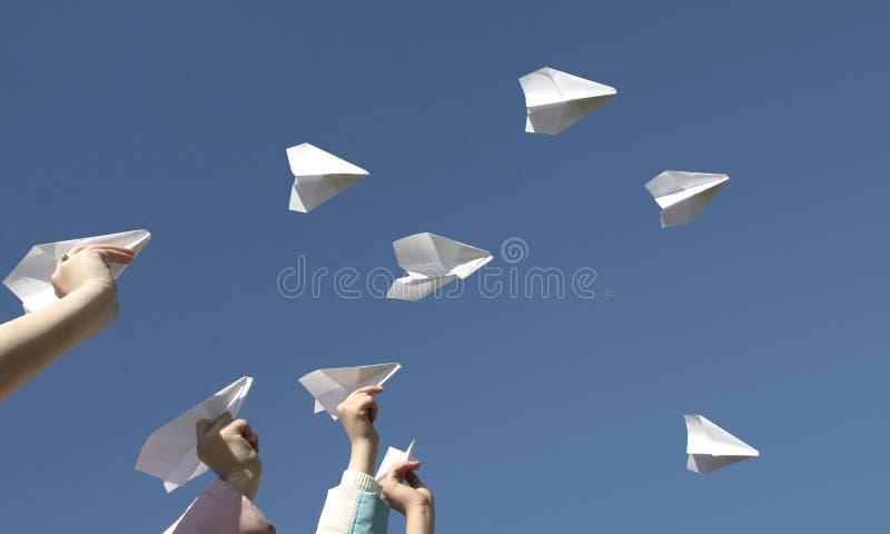 Aeroplanos del papel fotografía de archivo