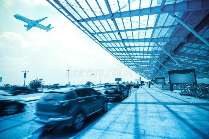 Aeroporto all'esterno fotografia stock libera da diritti