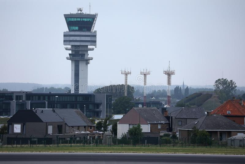 Aeroporto de Bruxelas, torre de controlador a?reo imagem de stock royalty free