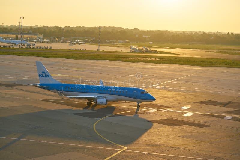 Aeroporto de Dusseldorf foto de stock