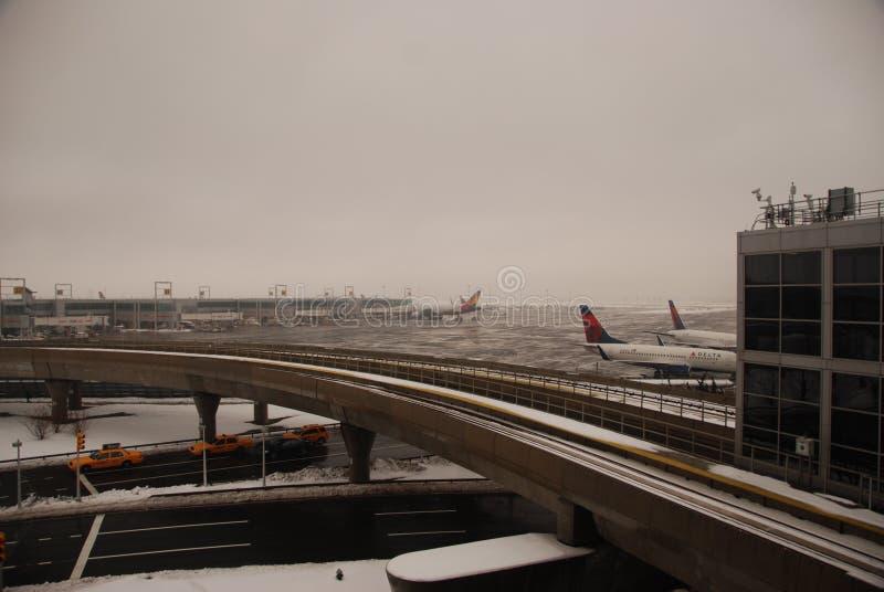 Aeroporto de JFK após uma tempestade imagens de stock