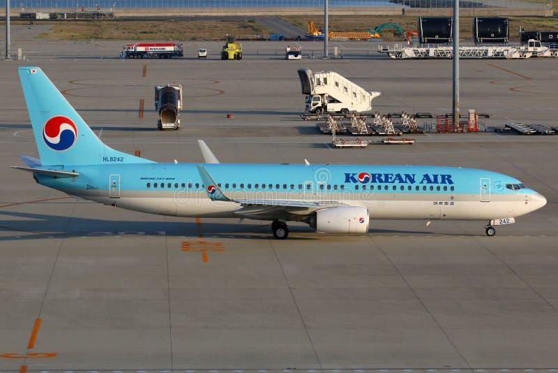 Aeroporto de Korean Air Boeing 737-800 Nagoya fotos de stock royalty free