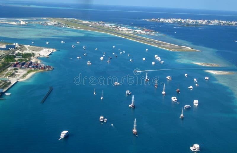 Aeroporto de Malè do céu imagens de stock