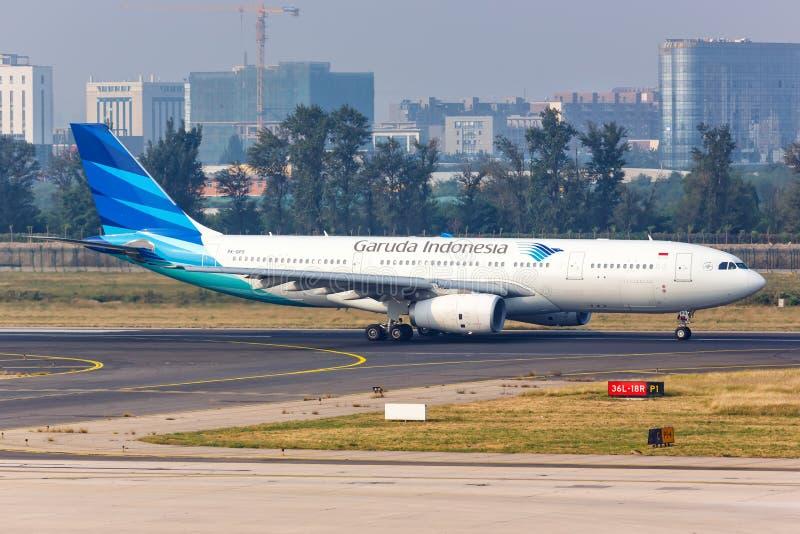 Aeroporto de Pequim de Garuda Indonesia Airbus A330-200 foto de stock royalty free