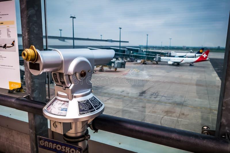 Aeroporto de Praga imagens de stock