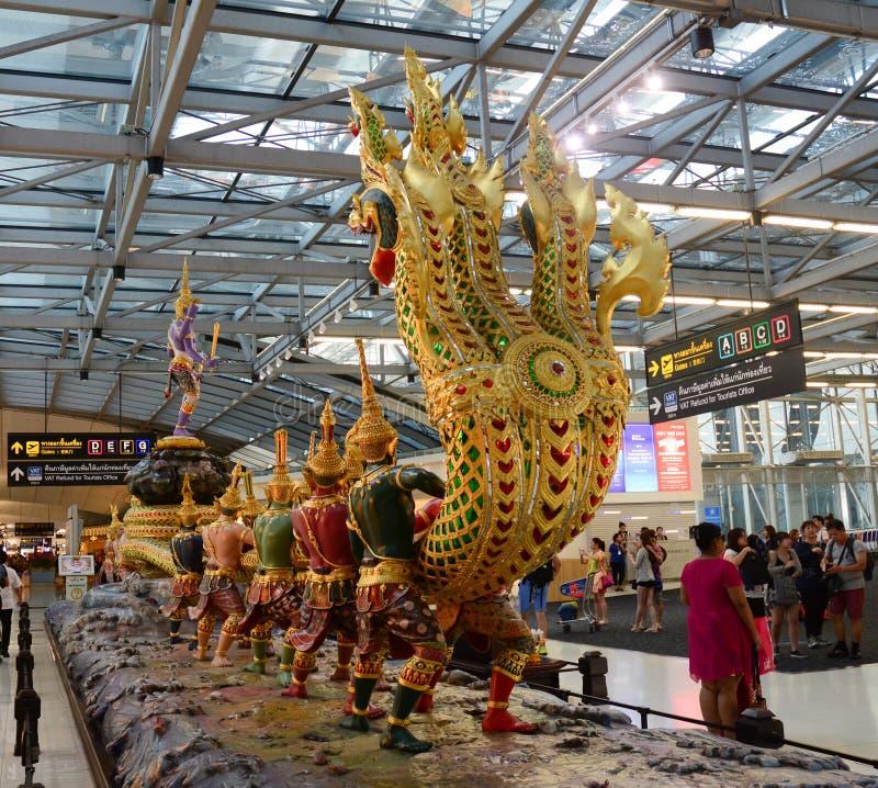 Aeroporto de Suvanabhumi em Banguecoque fotos de stock