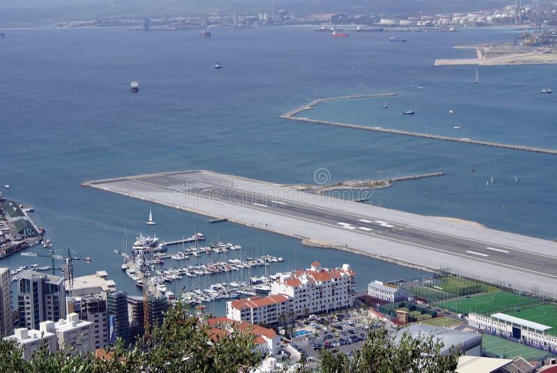 Aeroporto Gibilterra : Aeroporto della gibilterra fotografia stock immagine di
