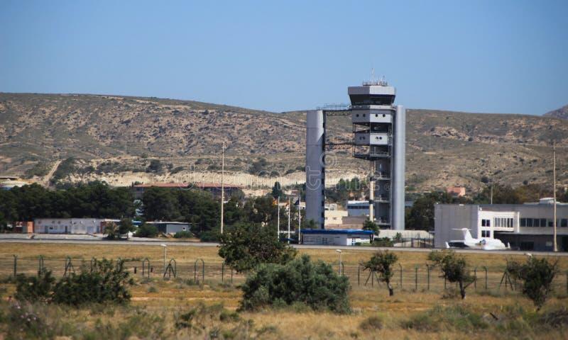 Aeroporto do EL Altet de Alicante em um dia ensolarado da mola imagens de stock royalty free